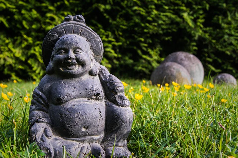 buddha-unfokussiert-167835_960_720