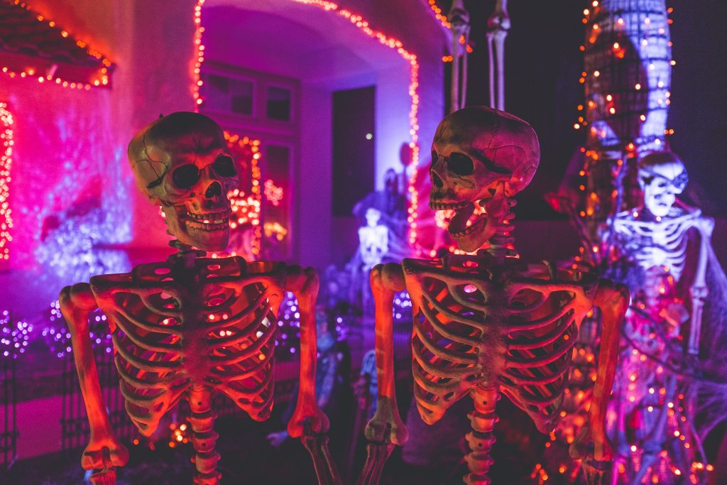 skeletons halloween feng shui decoration